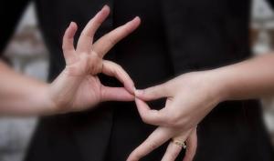 mains langue des signes